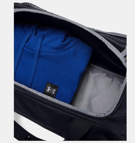 Siyah UA Roland Small Silindir Çanta